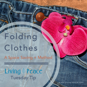 Folding Clothes Space Saving method